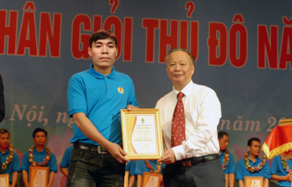 "Sigma worker is honored to award ""Skilled worker of the Capital"""