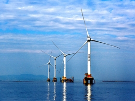 Overview of renewable energy and the development of renewable energy sources in the world